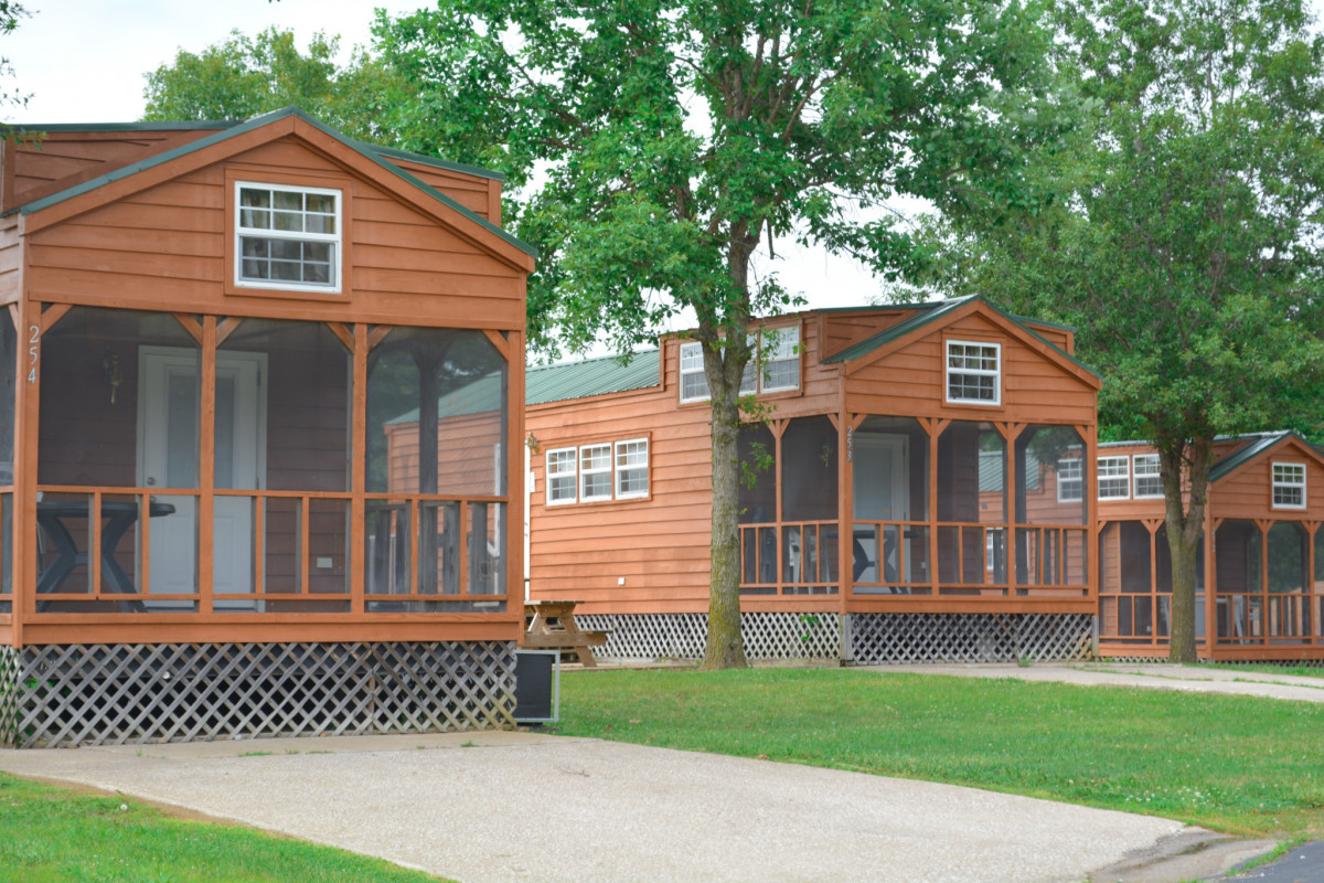 deluxe cabin