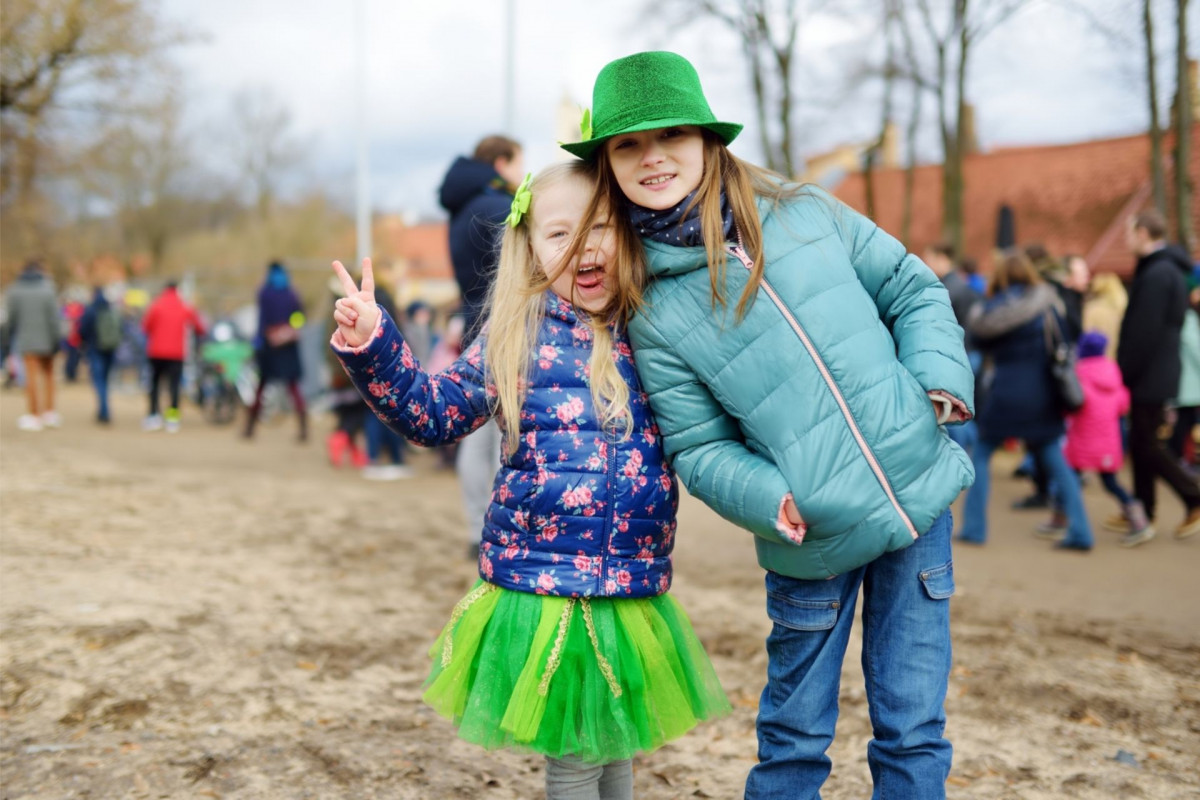 Girls wearing green for St Patrick's Day