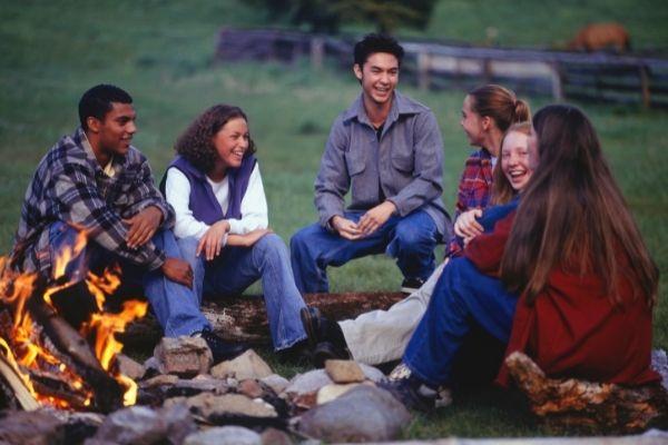 Campfire Games   Mark Twain Lake Jellystone Park™